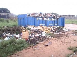 Abidjan est sale   C. Photo: Abidjantimes
